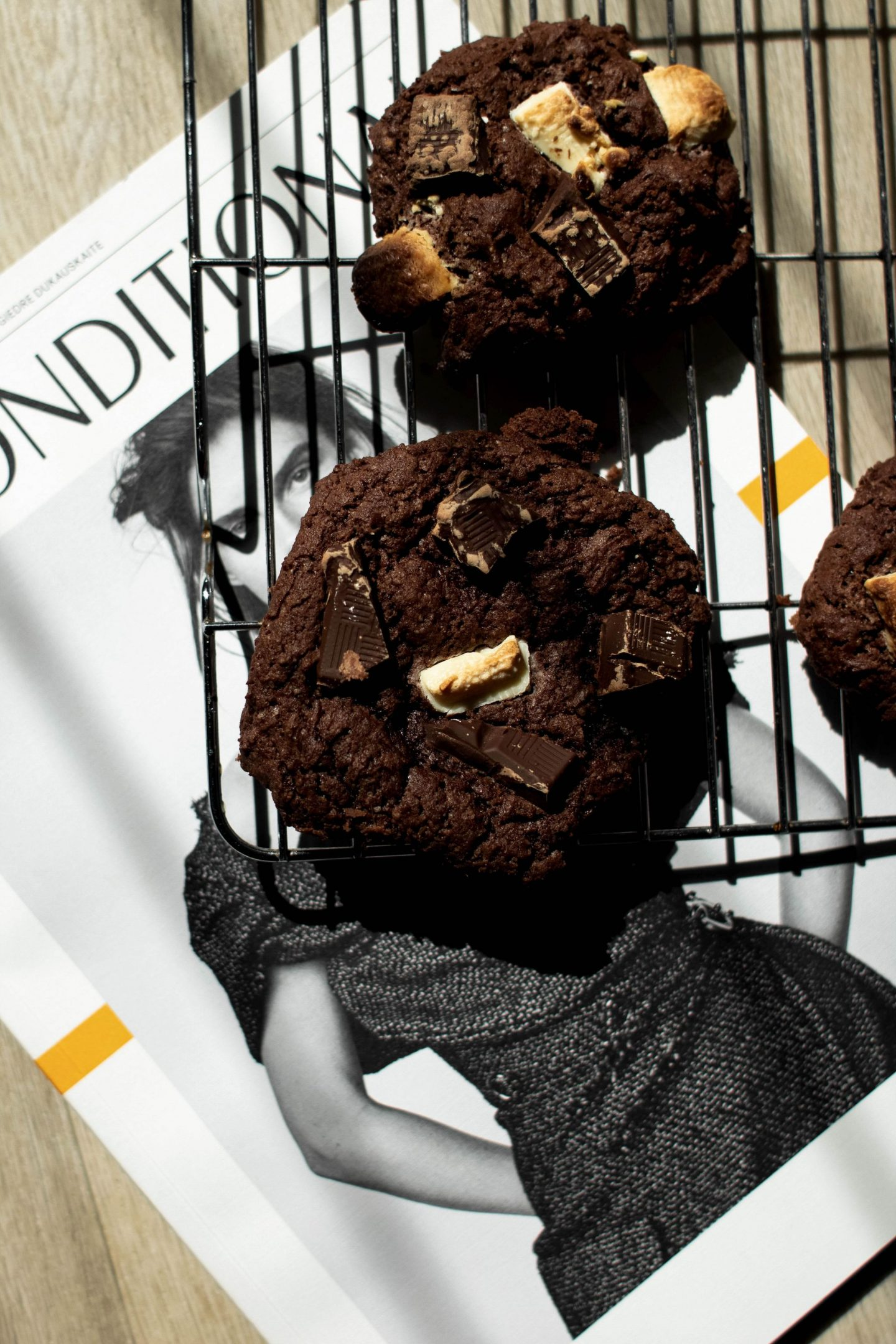 Honestly, if you don't have a go at making these triple chocolate gooey cookies then you will be seriously missing out...