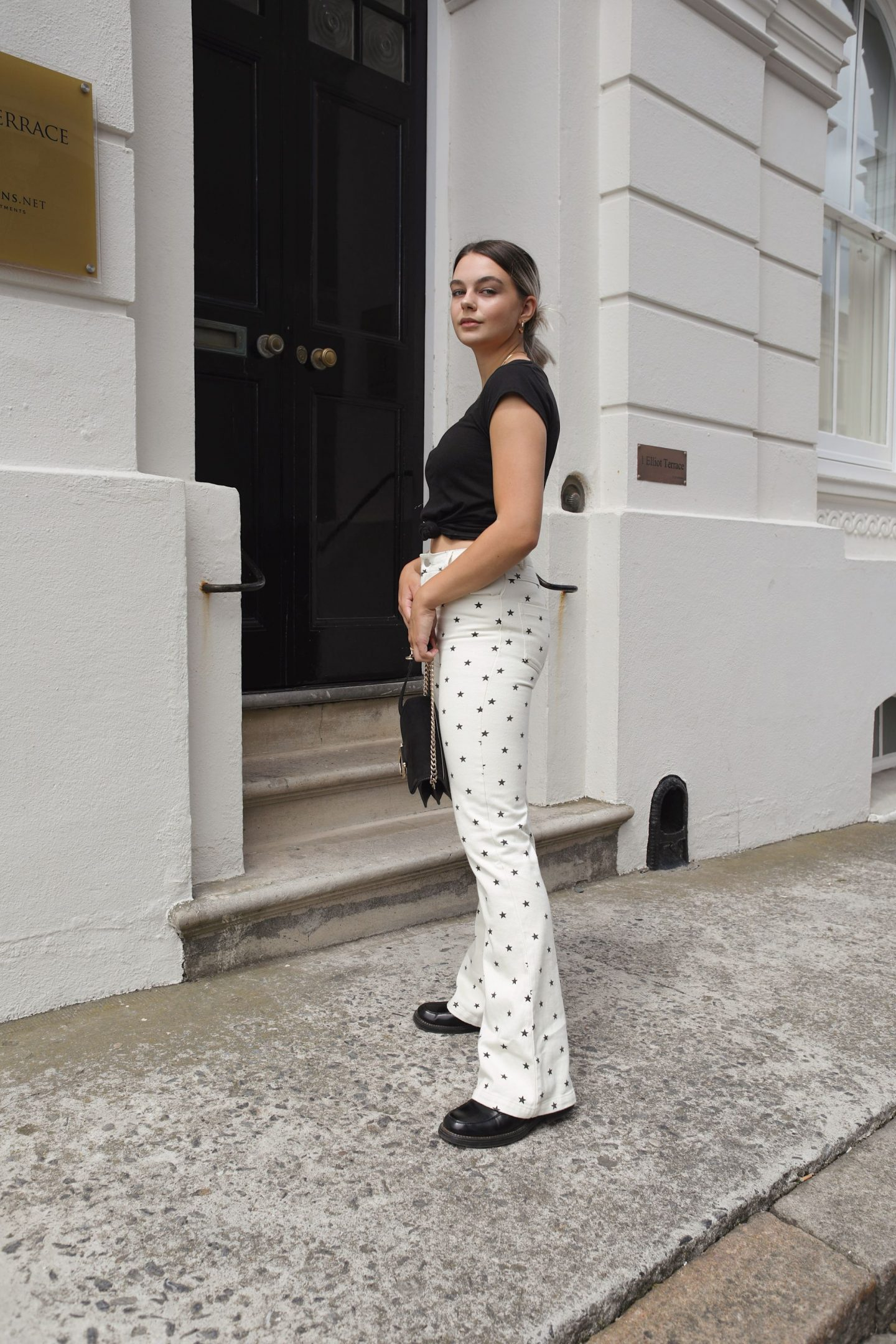 Because if these star print jeans don't push me out of my styling comfort zone then I don't know what will… but I love it.