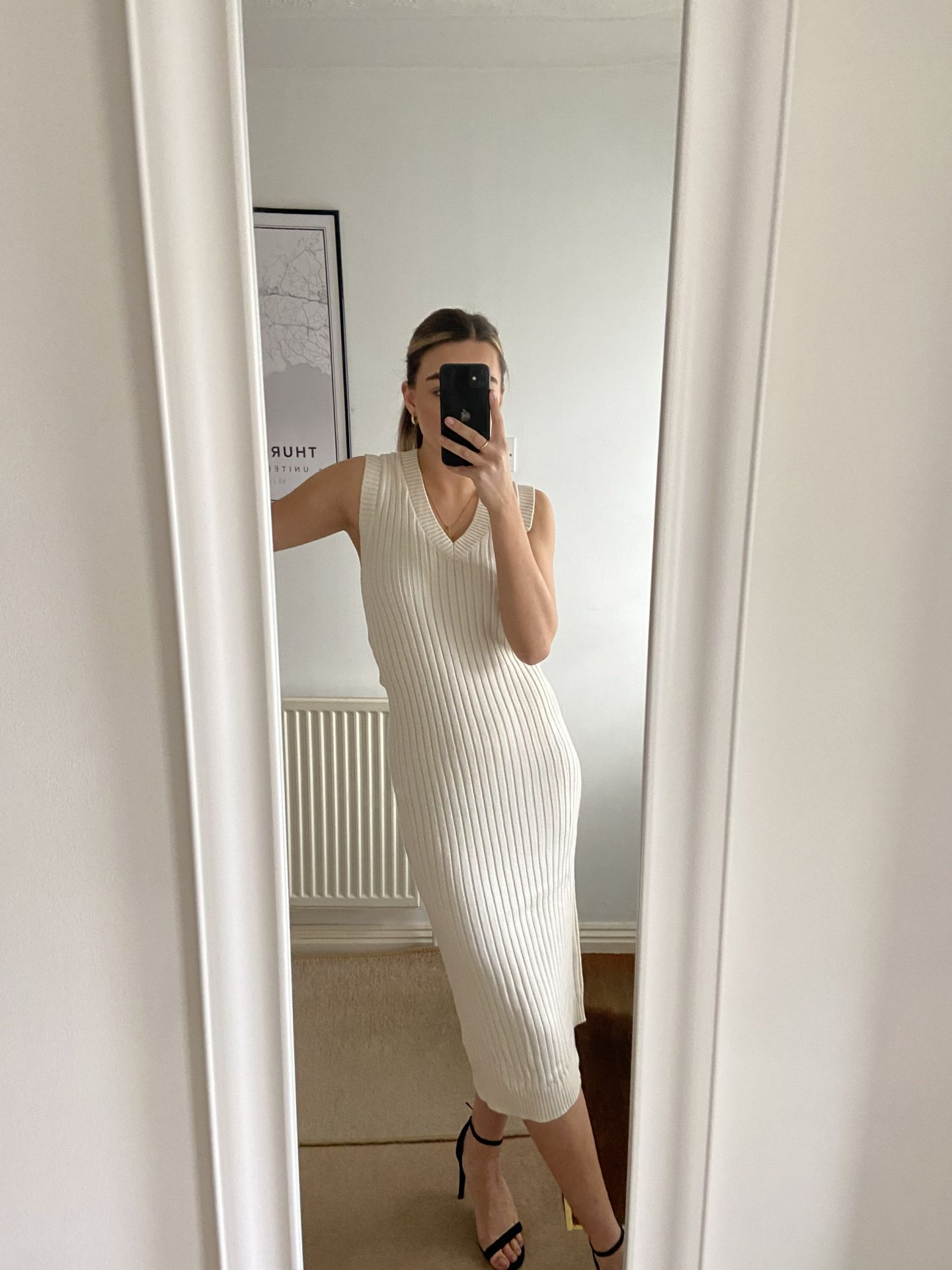 My little Zara Spring 2021 haul seemed really popular over on my Instagram so here is some more details on the items I picked...